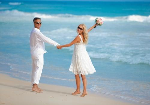 Beach Weddings in Vero Beach Florida Allow us to assist you in planning your